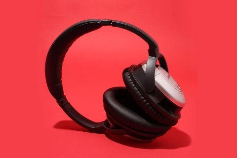 brtools_rhimes_headphones.jpg